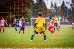 Traumatismo dental - Niños jugando al futbol
